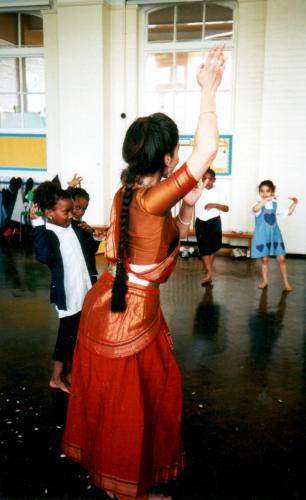 Fabrizia teaching girls Indian dance at school |